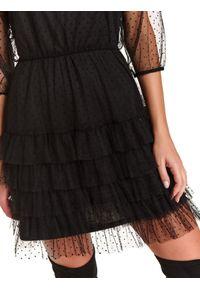 TOP SECRET - Tiulowa sukienka z falbaną i gumą w pasie. Okazja: na imprezę. Kolor: czarny. Materiał: tiul, guma. Wzór: aplikacja. Sezon: zima #5