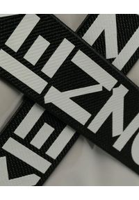 Kenzo - KENZO - Nylonowy plecak z logo. Kolor: szary. Materiał: nylon