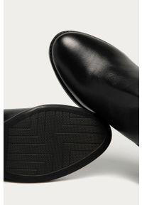 Czarne botki Answear Lab na zamek, z cholewką
