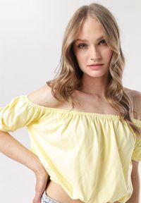 Żółta bluzka hiszpanka Born2be