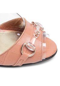 Różowe sandały Azurée