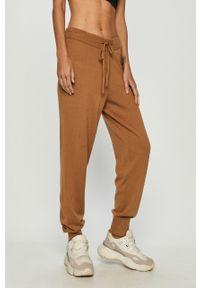Brązowe spodnie materiałowe Vero Moda casualowe, na co dzień