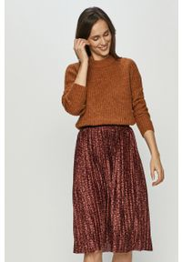 Brązowy sweter Jacqueline de Yong z aplikacjami
