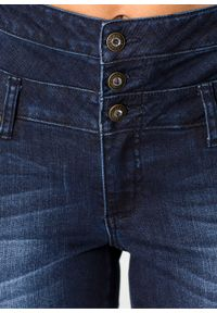 Dżinsy SKINNY z wysoką talią i długą plisą guzikową bonprix ciemny denim. Kolor: niebieski. Długość: długie