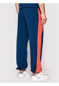 PLNY Textylia Spodnie dresowe Stanford PT-SP-K2-00004 Granatowy Regular Fit. Kolor: niebieski. Materiał: dresówka