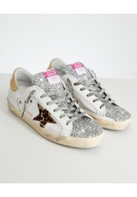 GOLDEN GOOSE - Sneakersy Superstar z brokatem. Okazja: na co dzień. Kolor: biały. Materiał: jeans. Wzór: aplikacja