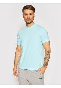 Reebok Classic - Reebok T-Shirt Unisex Backgraphic GN3757 Niebieski Regular Fit. Kolor: niebieski