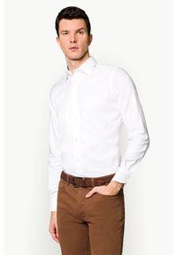 Biała koszula Lancerto z haftami, z kontrastowym kołnierzykiem, casualowa