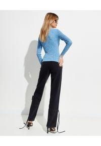 OFF-WHITE - Niebieski sweter z logo. Kolor: niebieski. Materiał: wiskoza. Długość rękawa: długi rękaw. Długość: długie. Wzór: aplikacja