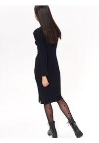 Czarna sukienka TROLL z aplikacjami, z krótkim rękawem #7