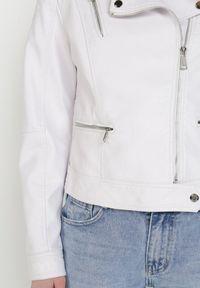 Biała kurtka ramoneska Born2be