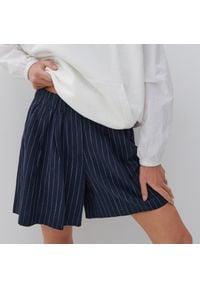 Reserved - Szorty z bawełny organicznej - Granatowy. Kolor: niebieski. Materiał: bawełna