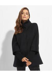 CINZIA ROCCA - Czarny płaszcz z dzianinowymi detalami. Kolor: czarny. Materiał: dzianina