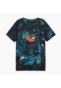 Cropp - Koszulka z nadrukiem all over - Turkusowy. Kolor: turkusowy. Wzór: nadruk