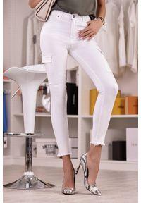 Białe jeansy IVET z podwyższonym stanem, na co dzień