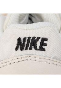 Beżowe buty sportowe Nike Nike MD Runner