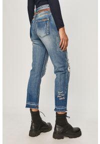 Niebieskie jeansy loose fit Desigual z podwyższonym stanem