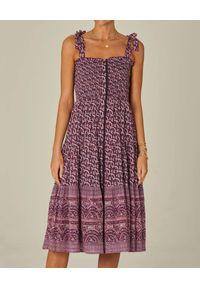 M.A.B.E - Sukienka midi na ramiączkach Jani. Kolor: różowy, wielokolorowy, fioletowy. Materiał: bawełna, tkanina. Długość rękawa: na ramiączkach. Wzór: paisley. Sezon: lato. Długość: midi