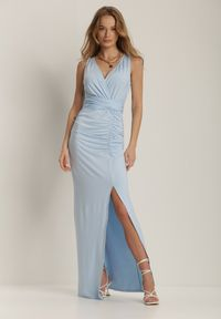 Renee - Jasnoniebieska Sukienka Alphophe. Kolor: niebieski