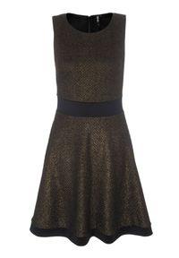 Czarna sukienka TROLL na co dzień, na zimę, z krótkim rękawem