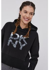 DKNY - Dkny - Bluza bawełniana. Kolor: czarny. Materiał: bawełna. Wzór: nadruk