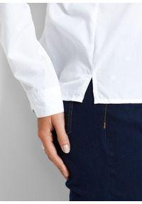 Bluzka bonprix biały. Typ kołnierza: kołnierzyk klasyczny. Kolor: biały