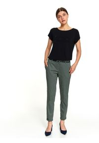 Czarne spodnie TOP SECRET w kolorowe wzory, retro, do pracy, na jesień