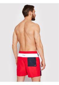Tommy Jeans Szorty kąpielowe Sf Medium Drawstring UM0UM02070 Czerwony Regular Fit. Kolor: czerwony