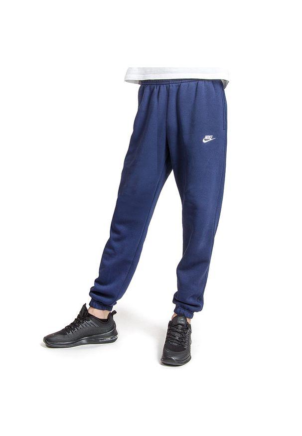 Niebieskie spodnie Nike klasyczne