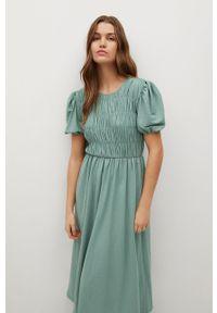 mango - Mango - Sukienka Romeo. Kolor: zielony. Materiał: materiał. Długość rękawa: krótki rękaw. Typ sukienki: rozkloszowane