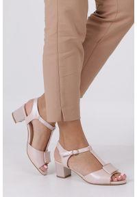 Różowe sandały Sergio Leone na lato, casualowe