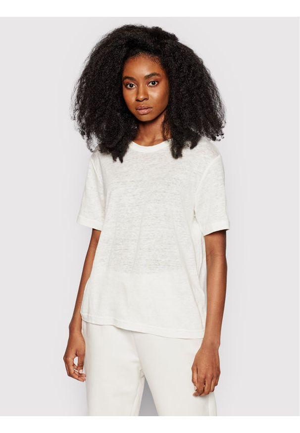 Samsoe & Samsoe - Samsøe Samsøe T-Shirt Doretta F20300138 Biały Relaxed Fit. Kolor: biały
