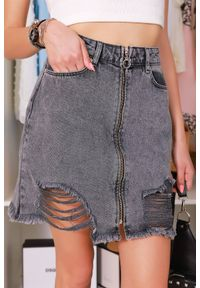 Czarna spódnica IVET krótka