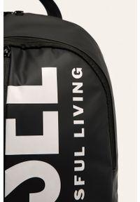 Czarny plecak Diesel z nadrukiem