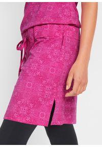 Sukienka shirtowa + legginsy 3/4 (2 części) bonprix fuksja-czarny. Kolor: czarny. Styl: sportowy