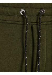 Jack & Jones - Jack&Jones Spodnie dresowe Will 12197199 Zielony Regular Fit. Kolor: zielony. Materiał: dresówka #5