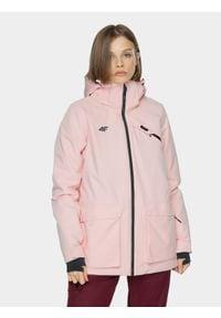 4f - Kurtka snowboardowa damska. Kolor: różowy. Materiał: materiał, poliester. Sezon: zima. Sport: snowboard