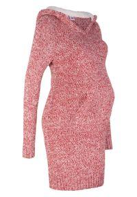 Sukienka dzianinowa ciążowa z kapturem z podszewką bonprix czerwono-biały melanż. Typ kołnierza: kaptur. Kolekcja: moda ciążowa. Kolor: czerwony. Materiał: dzianina. Wzór: melanż