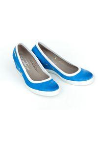Niebieskie półbuty Zapato na spotkanie biznesowe, w kolorowe wzory