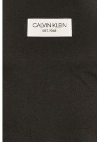 Czarny t-shirt Calvin Klein z nadrukiem, na co dzień, casualowy