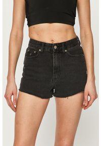 Dr. Denim - Szorty jeansowe. Stan: podwyższony. Kolor: czarny. Materiał: denim, jeans