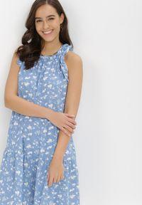 Born2be - Niebieska Sukienka Diara. Kolor: niebieski