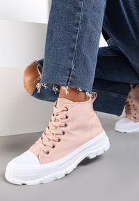 Renee - Różowe Trampki Avarian. Wysokość cholewki: za kostkę. Kolor: różowy. Materiał: jeans, materiał, guma. Szerokość cholewki: normalna. Wzór: aplikacja