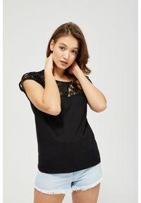 MOODO - T-shirt z koronką. Materiał: koronka. Długość rękawa: bez rękawów. Wzór: koronka