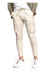 Beżowe spodnie TOP SECRET