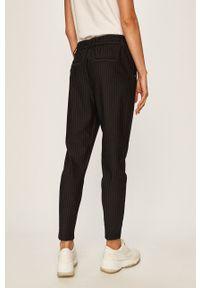 only - Only - Spodnie. Kolor: czarny. Materiał: dzianina