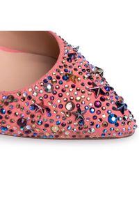 Różowe sandały Alma En Pena z aplikacjami, eleganckie