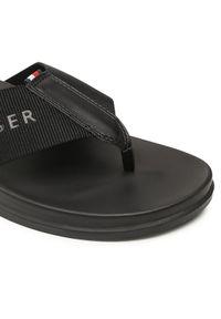 TOMMY HILFIGER - Tommy Hilfiger Japonki 3D Print Webbing Toe Post Sandal FM0FM03604 Czarny. Kolor: czarny. Wzór: nadruk