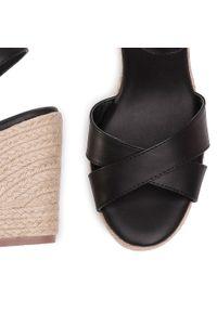 Czarne sandały Xti z aplikacjami, casualowe