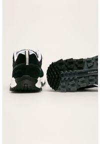 Czarne buty sportowe columbia z okrągłym noskiem, z cholewką, na obcasie